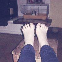 Mi faccio leccare i piedini