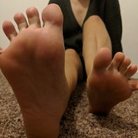 Custom Feet Pictures
