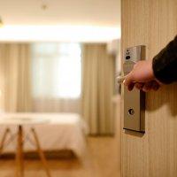 🏩 Noche en el hotel // 🏩 Night i…